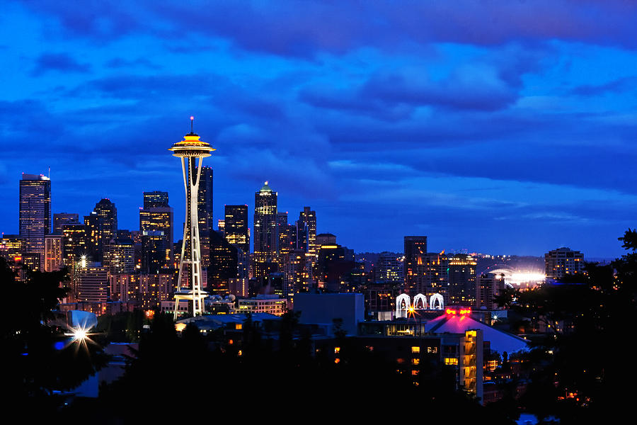 seattle-night-skyline-tanya-harrison