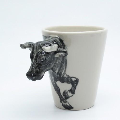 black_bull_mug_0002_original_hand_sculpt_and_hand_paint_coffee_cup_49bf0e3c