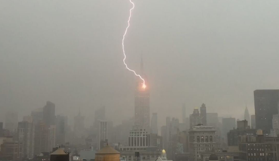 Spot Electricity Prices in NYC Just Surged 1,800% Due to Thunderstorm