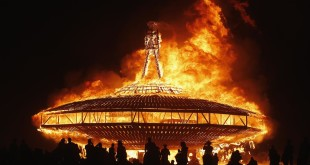 The Man burns during the Burning Man 2013 arts and music festival in the Black Rock Desert of Nevada, August 31, 2013. The federal government issued a permit for 68,000 people from all over the world to gather at the sold out festival, which is celebrating its 27th year, to spend a week in the remote desert cut off from much of the outside world to experience art, music and the unique community that develops. REUTERS/Jim Urquhart (UNITED STATES - Tags: SOCIETY TPX IMAGES OF THE DAY) FOR USE WITH BURNING MAN RELATED REPORTING ONLY. FOR EDITORIAL USE ONLY. NOT FOR SALE FOR MARKETING OR ADVERTISING CAMPAIGNS. NO THIRD PARTY SALES. NOT FOR USE BY REUTERS THIRD PARTY DISTRIBUTORS ORG XMIT: BRC186