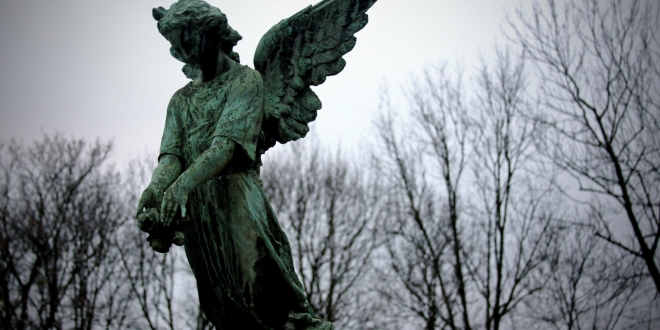 angel of gothic tombstone - photo #6