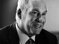 LUNATIC AT THE FED: ROSENGREN CALLS FOR 4 HIKES FOR 2017