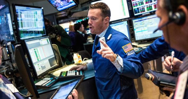NASDAQ Probes Lows from Last Week Heading into Monday